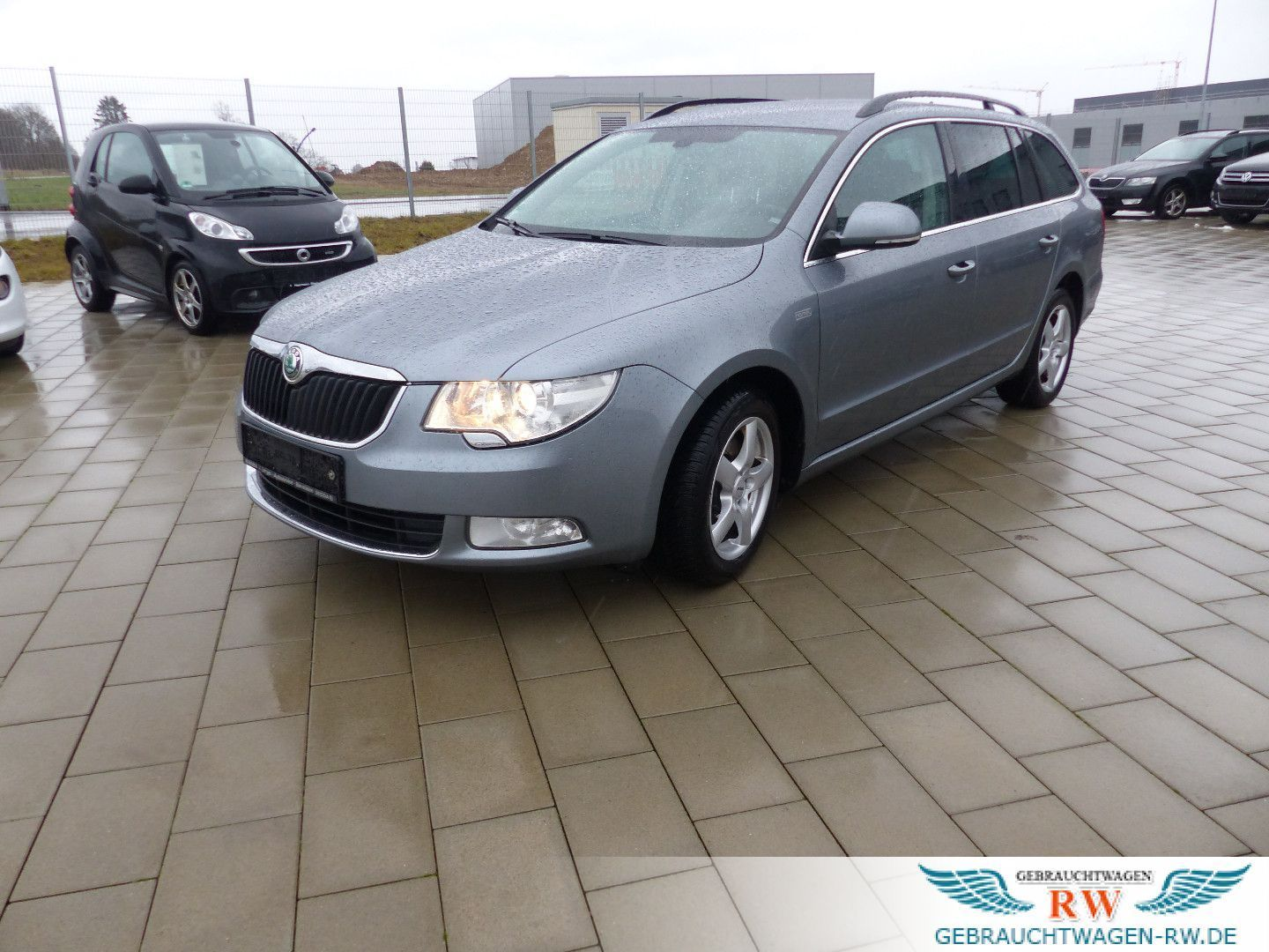 SKODA Superb 2.0 TDI DSG Family