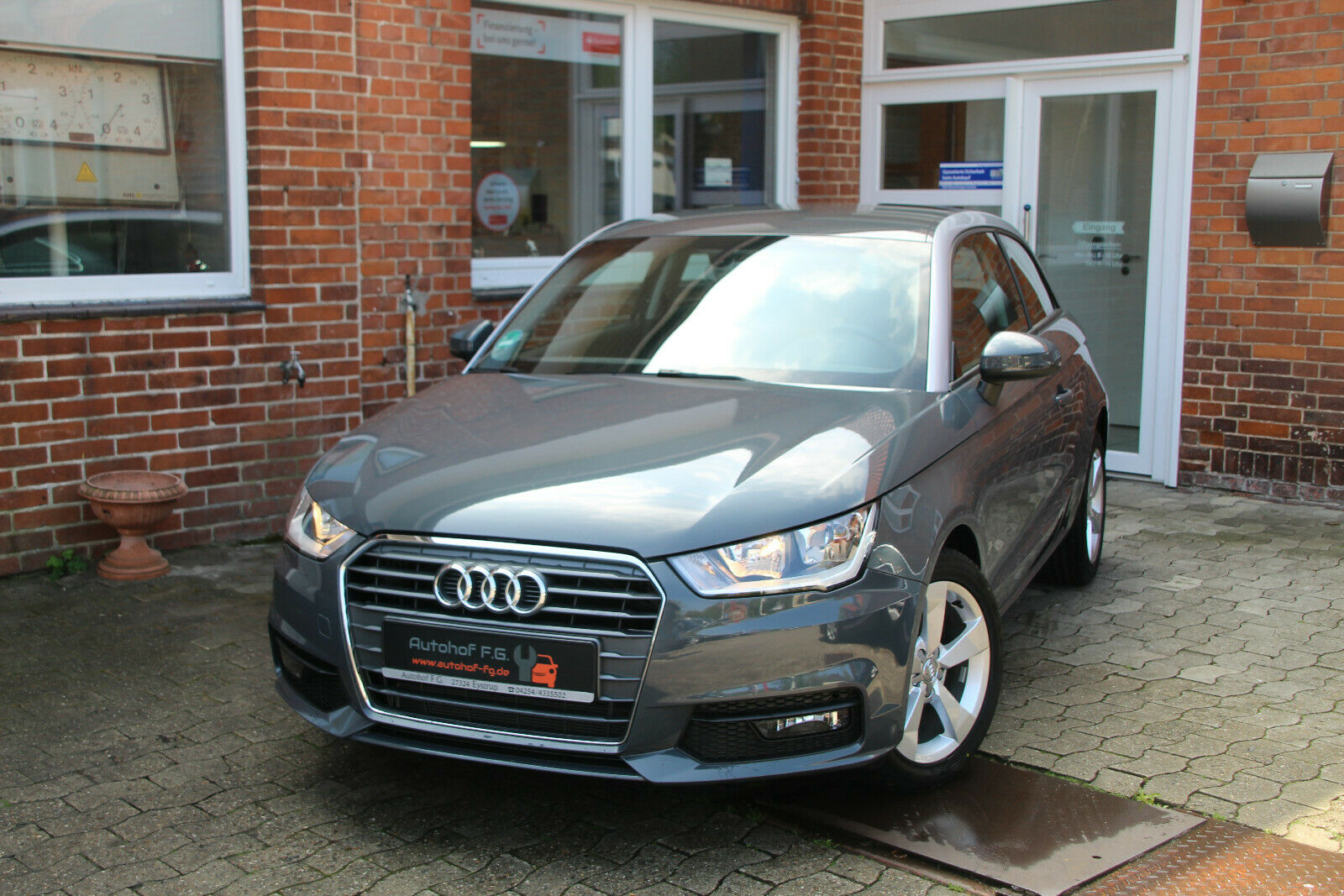 AUDI A1 sport**1HD*NEU*TOP*1400KM*LEDER*BLUETOOTH**