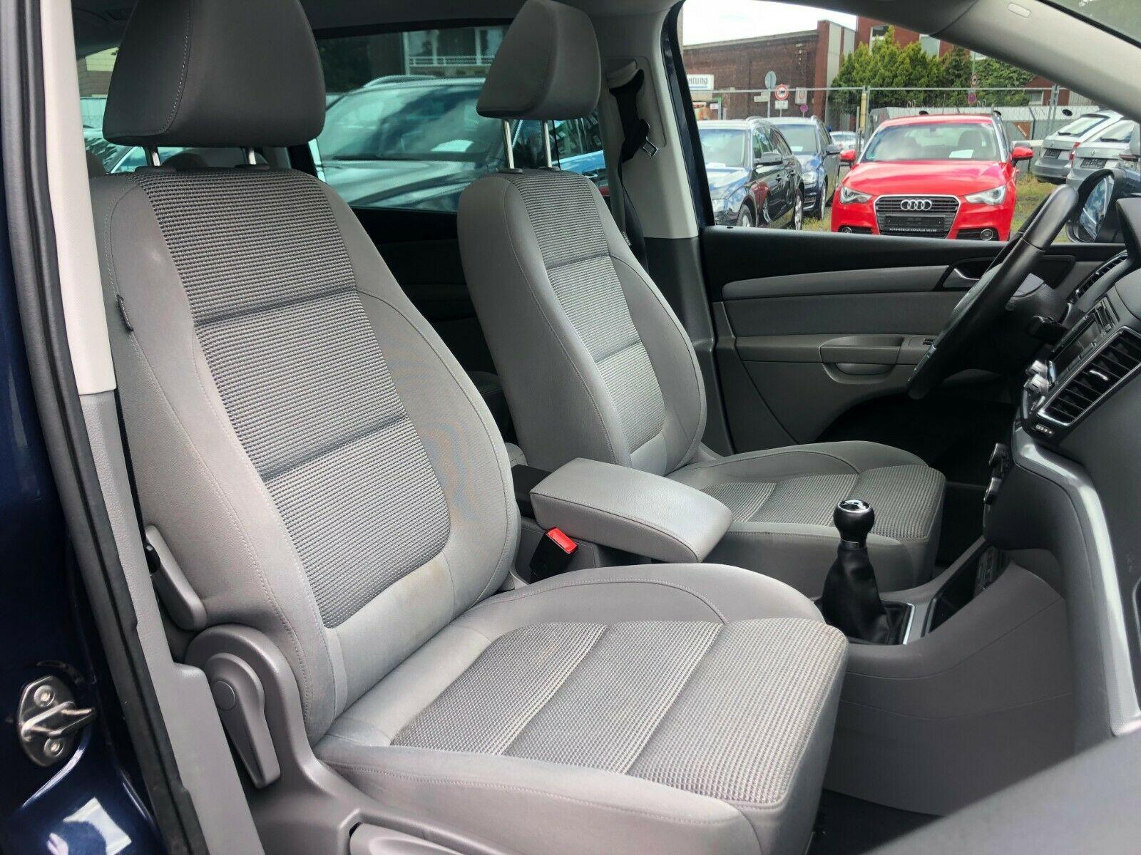 VW Sharan Comfort. 2.0 TDI 7-Sitzer Navi*Xenon*Pano