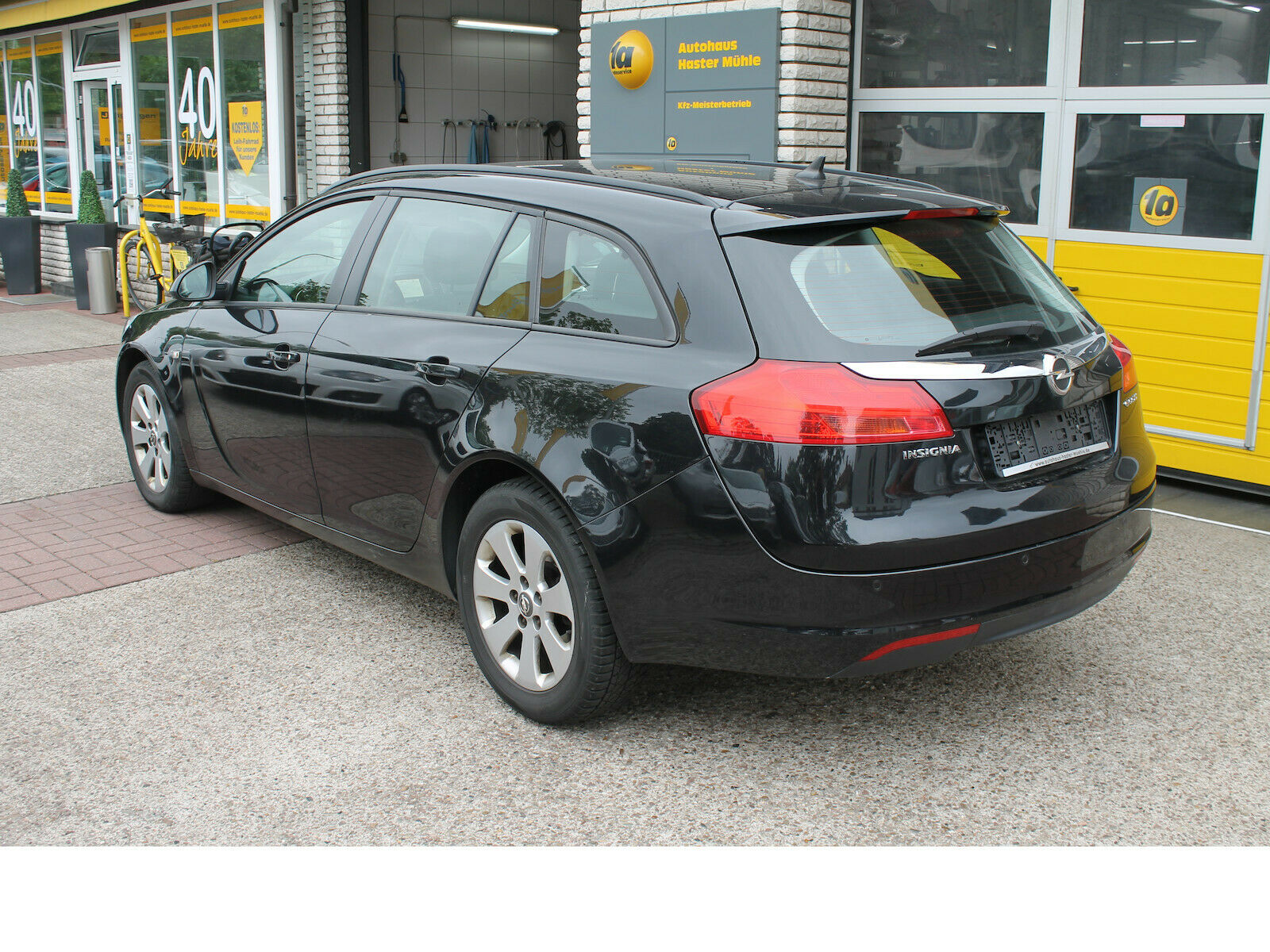 OPEL Insignia Sports T. Selection *Navi*uvm.*Garantie