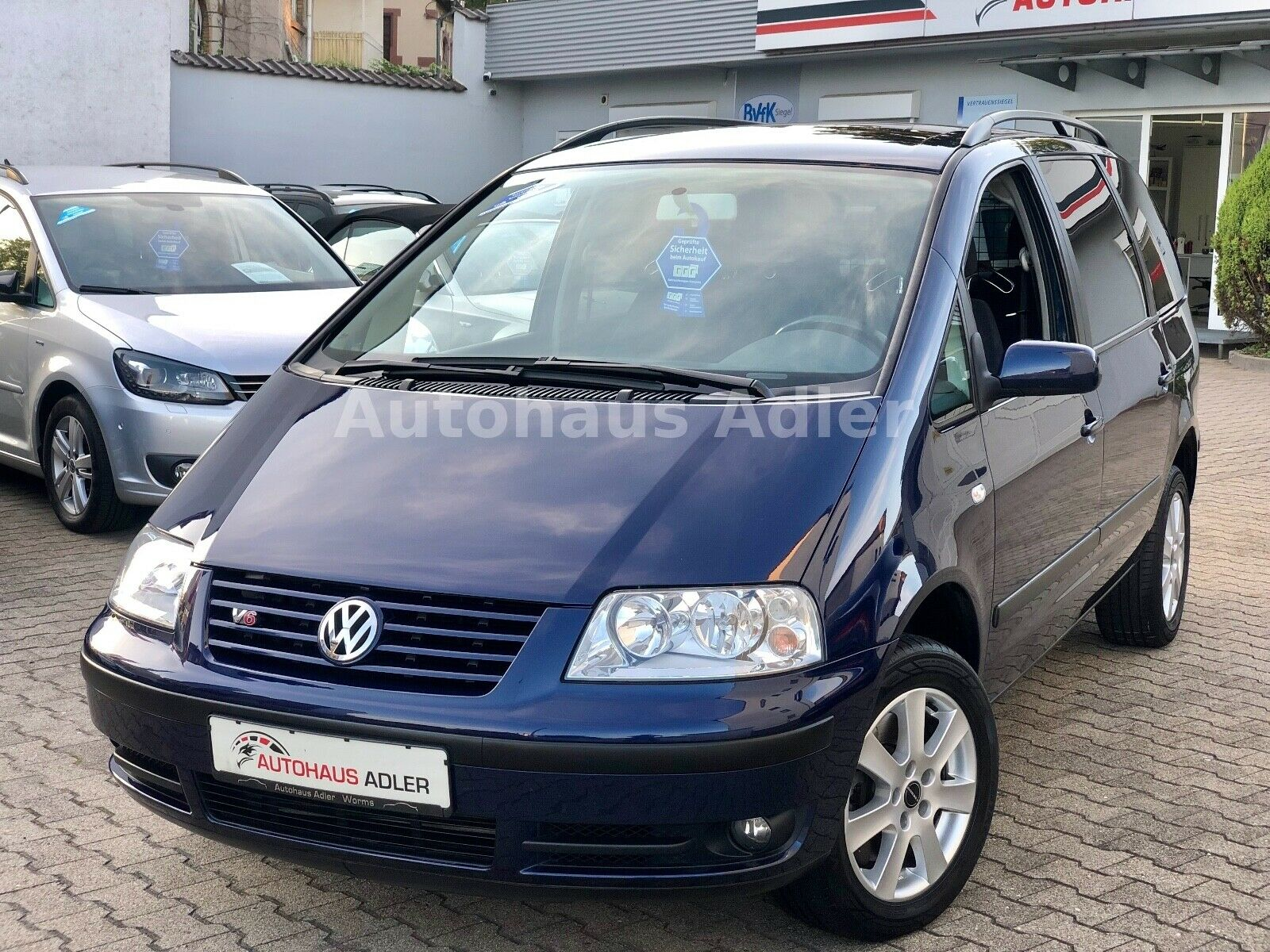 VW Sharan 2.8 V6 4motion*1Hd*Grnti*SteurkNEU*TüvNeu