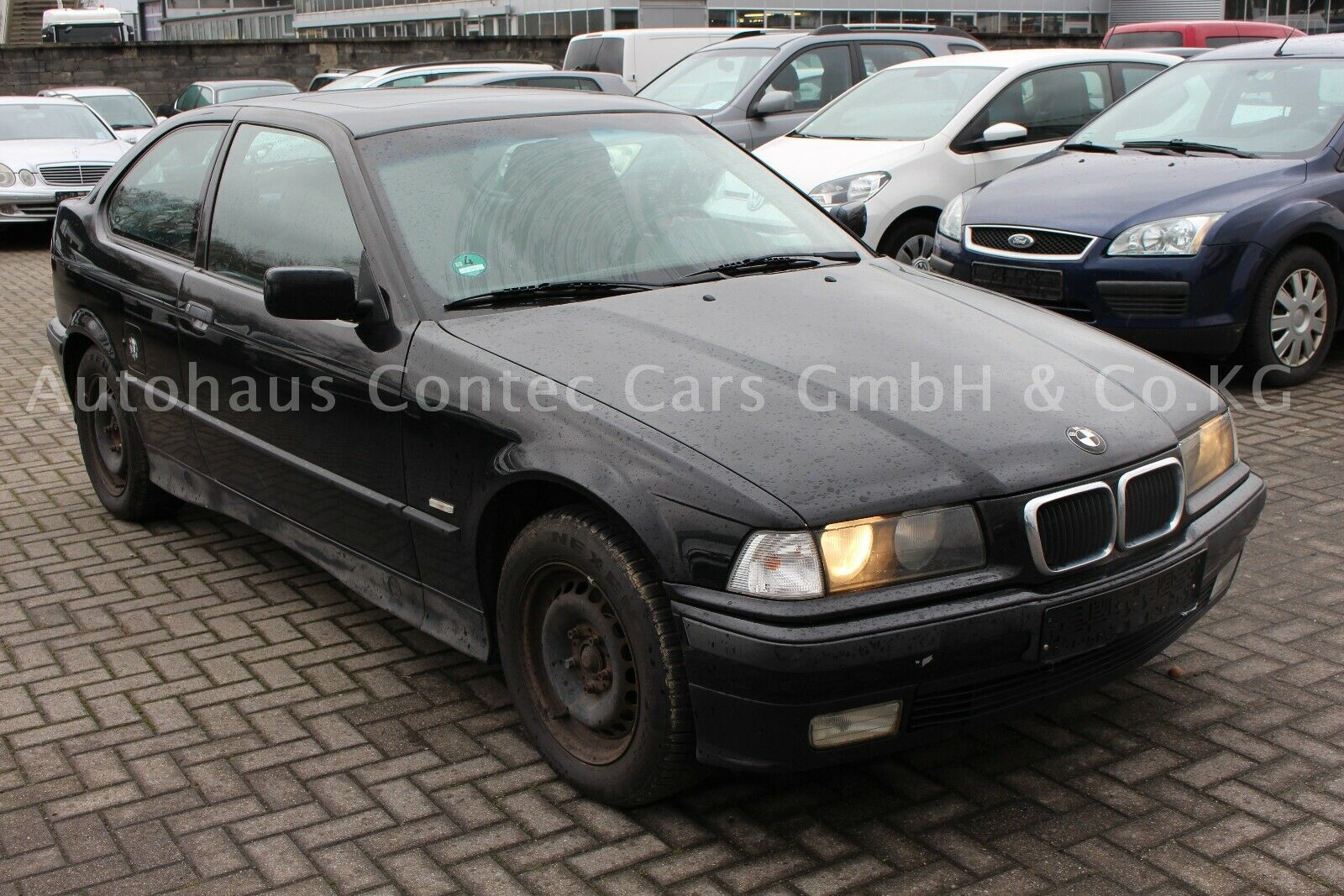 """BMW 316i Compact """"Young at heart"""""""