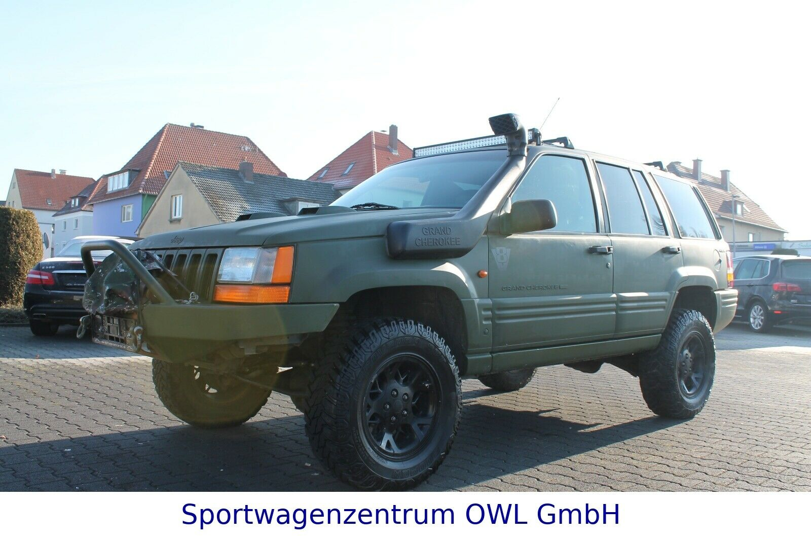 JEEP Grand Cherokee 5.2 Limited*LPG*ARMY-LOOK *