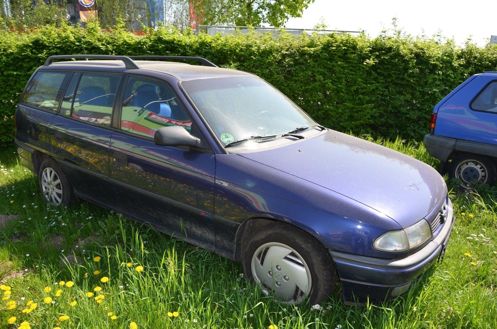 OPEL Astra Caravan 16V Dream
