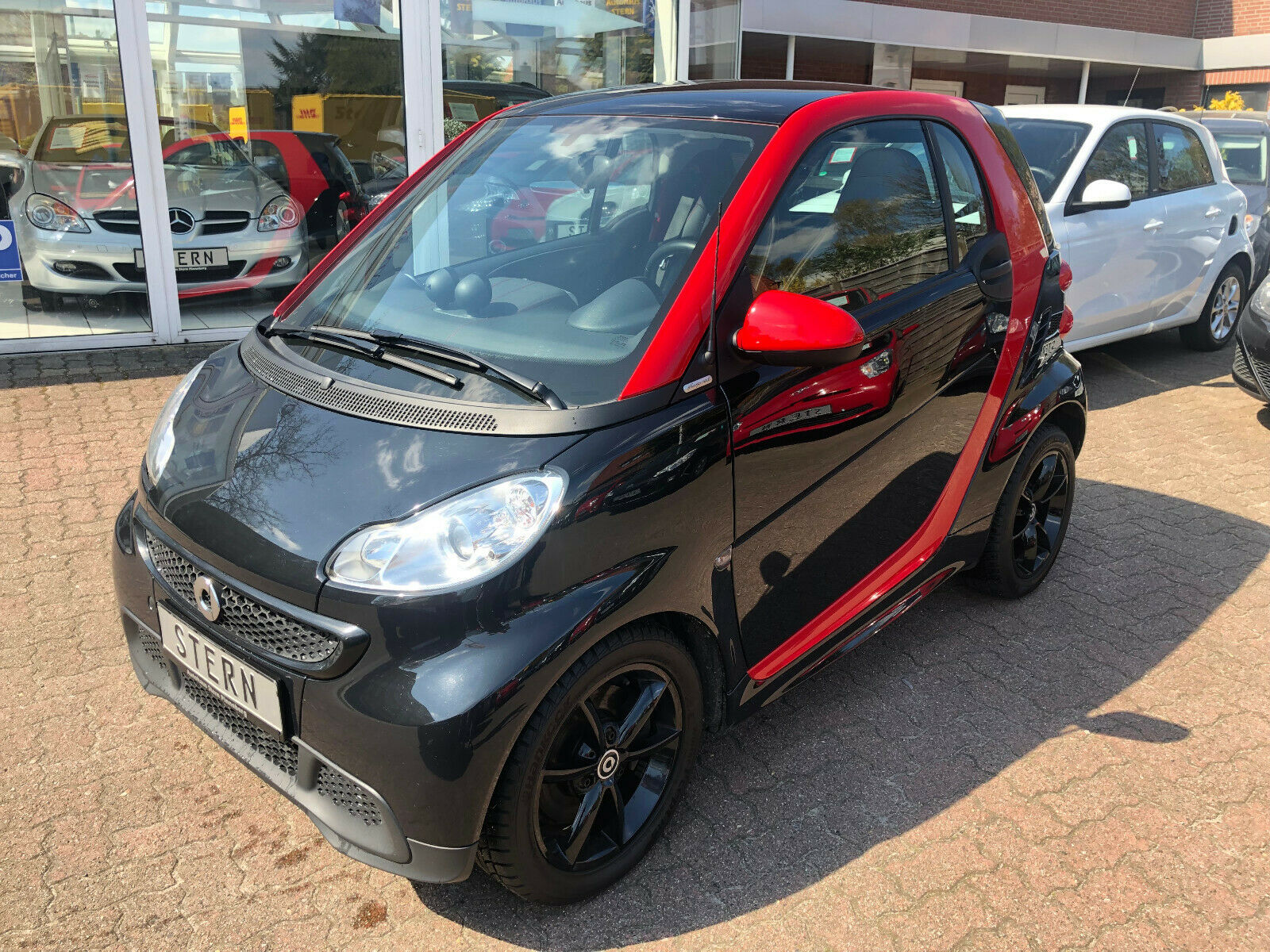 SMART fortwo coupe Mhd Edition sharpred