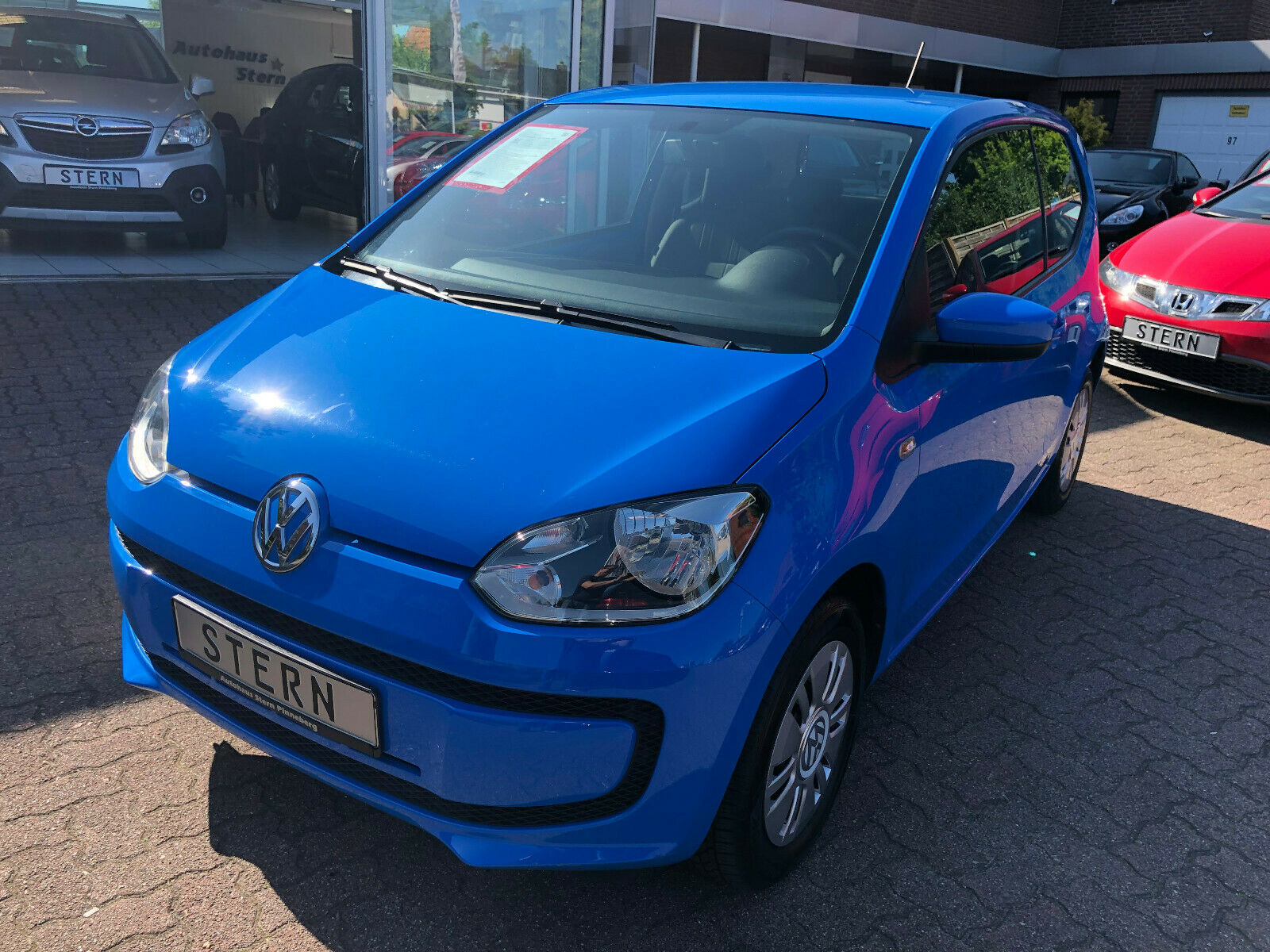 VW up move up!