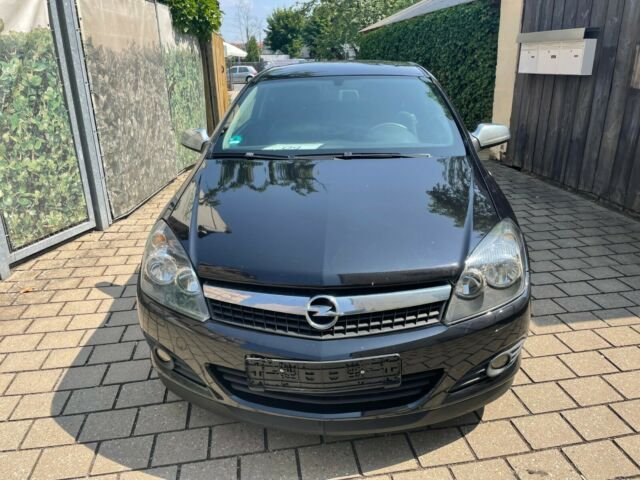 Opel Astra H GTC Edition