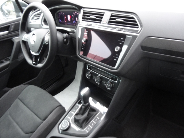 VW Tiguan 2.0 TDI DSG Highline R-Line 4Motion