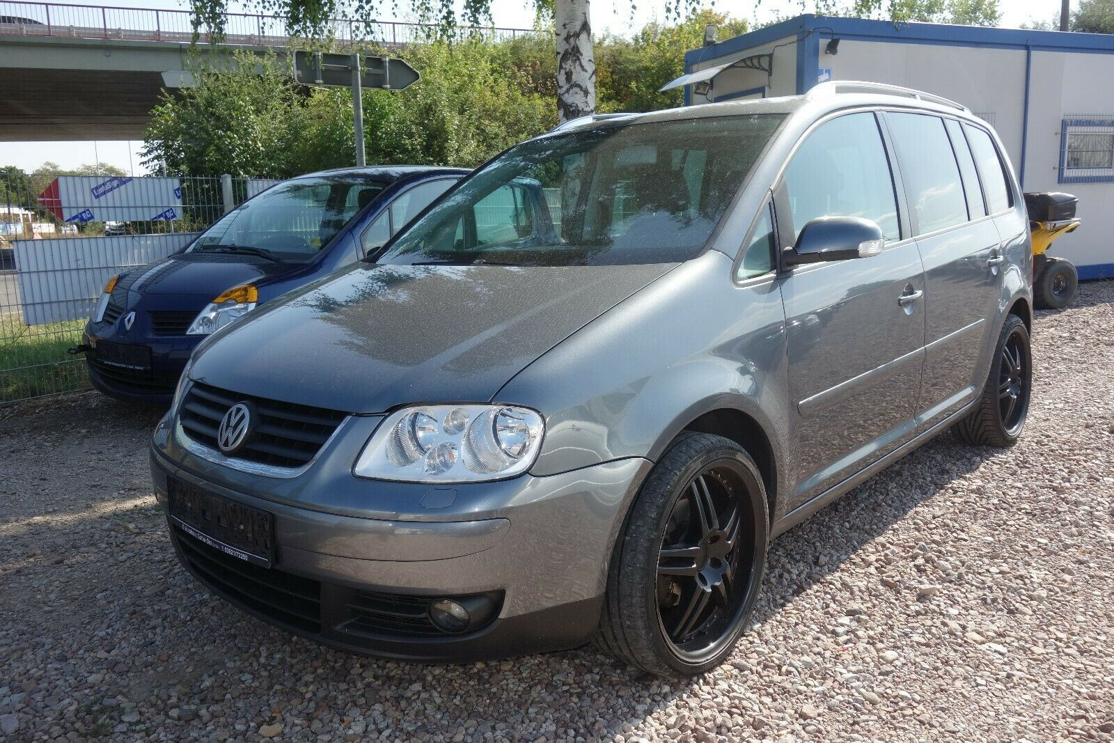 VW Touran Highline 2.0L  2xAlu Vollleder Navi