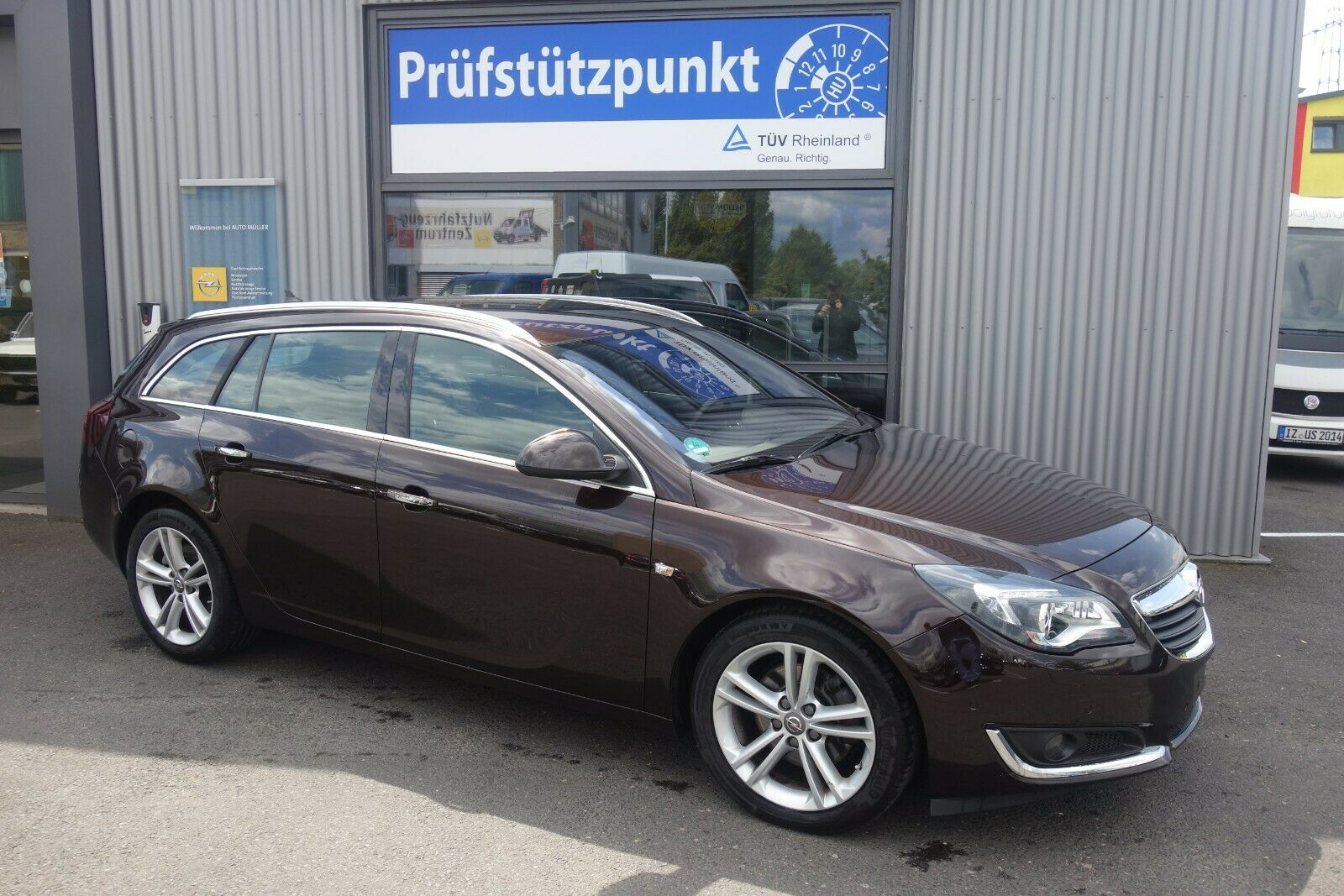 OPEL Insignia Business Innovation 2.0 (140PS)