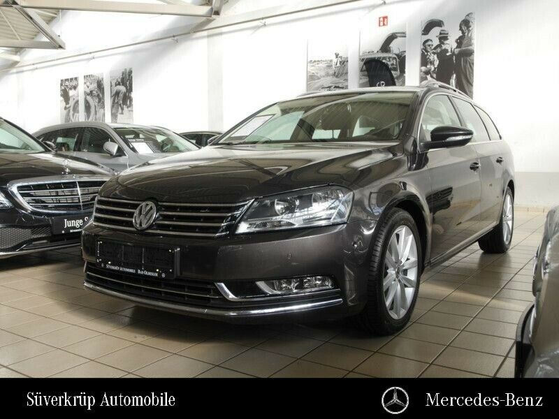VW Passat Highline 1.8 TSI HIGHLINE+AHK+TEMPO+SHZ