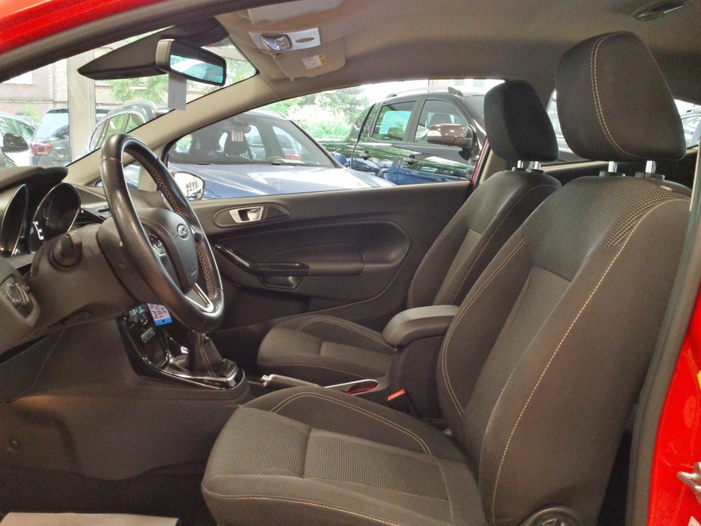 Ford Fiesta 1.0 EcoBoost Cool & Sound Paket PDC I Han