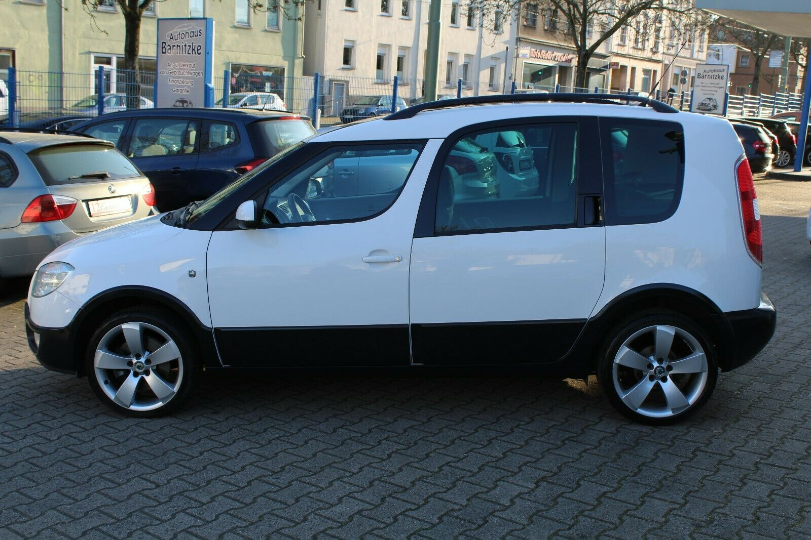 SKODA Roomster 1,6 Scout Plus Edition *Panorama*1.Hand
