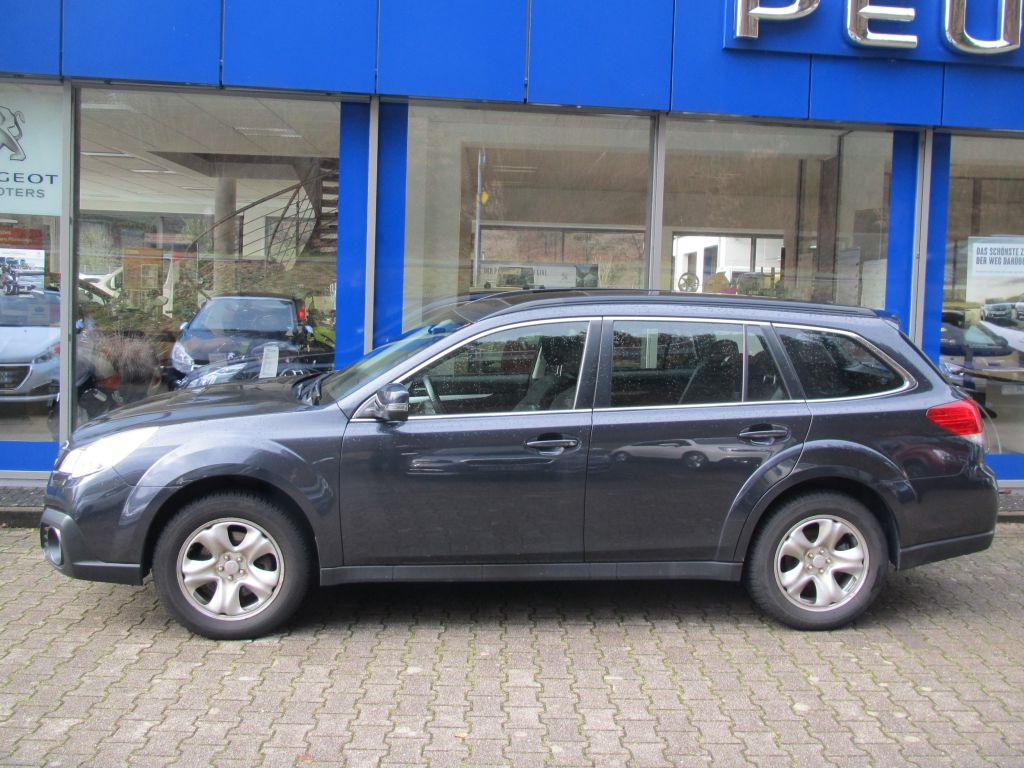SUBARU Outback 2.0D Lineartronic Active