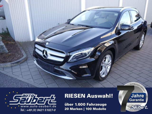 MERCEDES-BENZ GLA 220 d DPF URBAN * 7G-DCT * PANORAMA-SD * LED