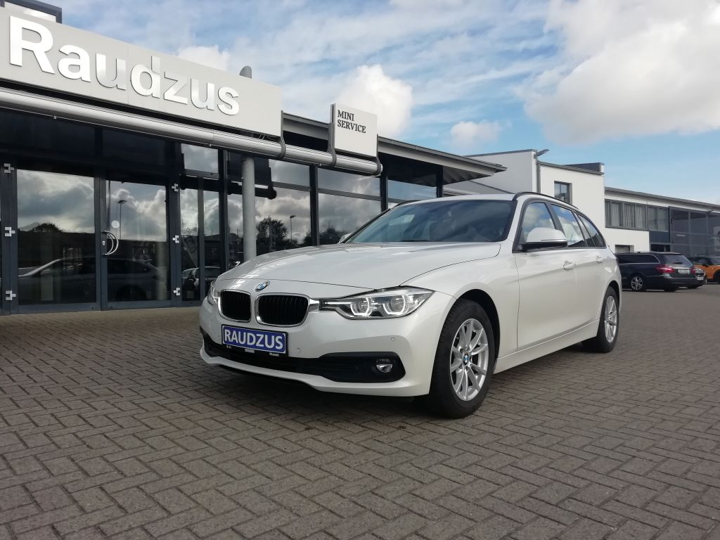 BMW 318d Touring Advantage LED NAV SHZ