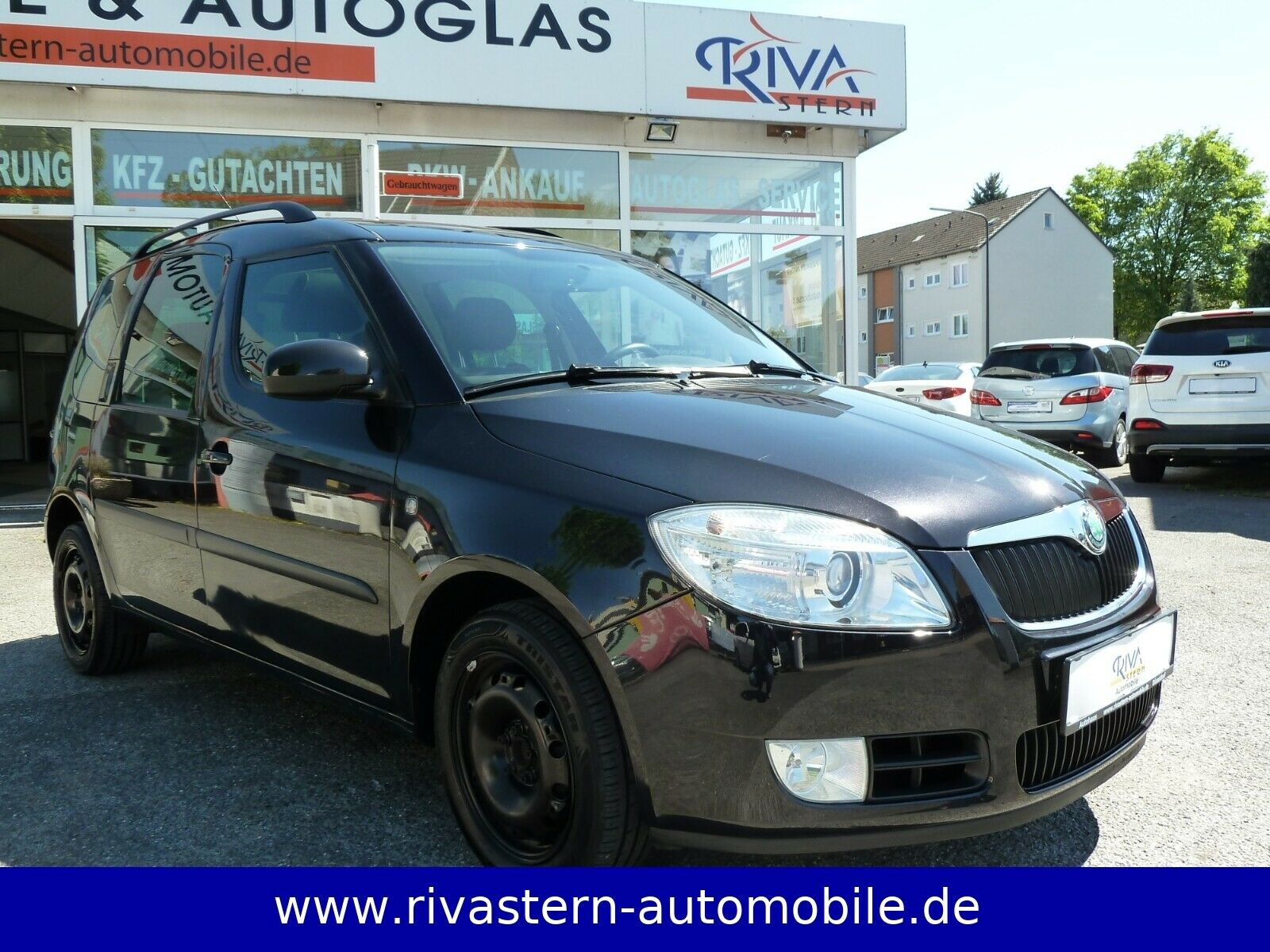 SKODA Roomster Style*Panorama*Scheckheft*2.HD*PDC*