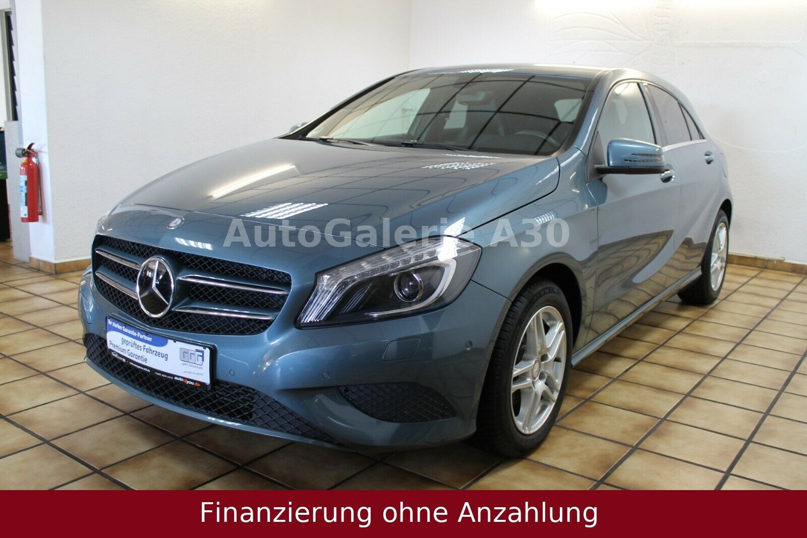 MERCEDES-BENZ A 180 CDI / d BlueEfficiency Navi Bi Xenon PDC