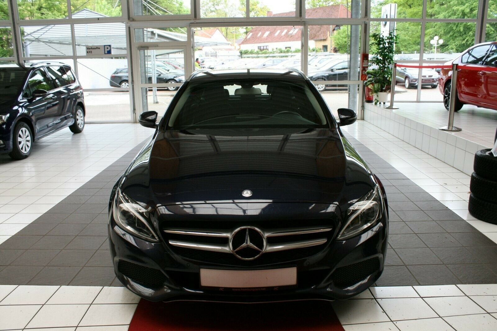 MERCEDES-BENZ C 220 T BlueTEC / d Avantgarde AHK Navi LED 1Hd