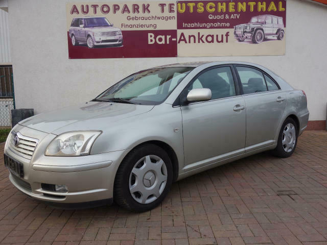 TOYOTA Avensis 1.8 Executive Liftback (T25)