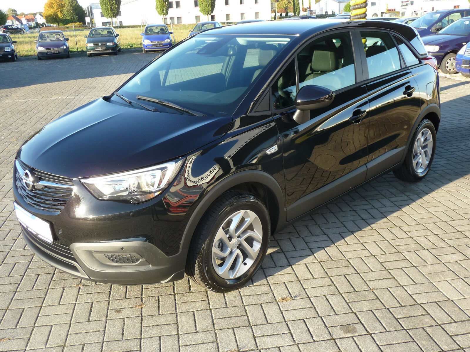 OPEL Crossland X  Black  Edition Klima Spurhalteassis