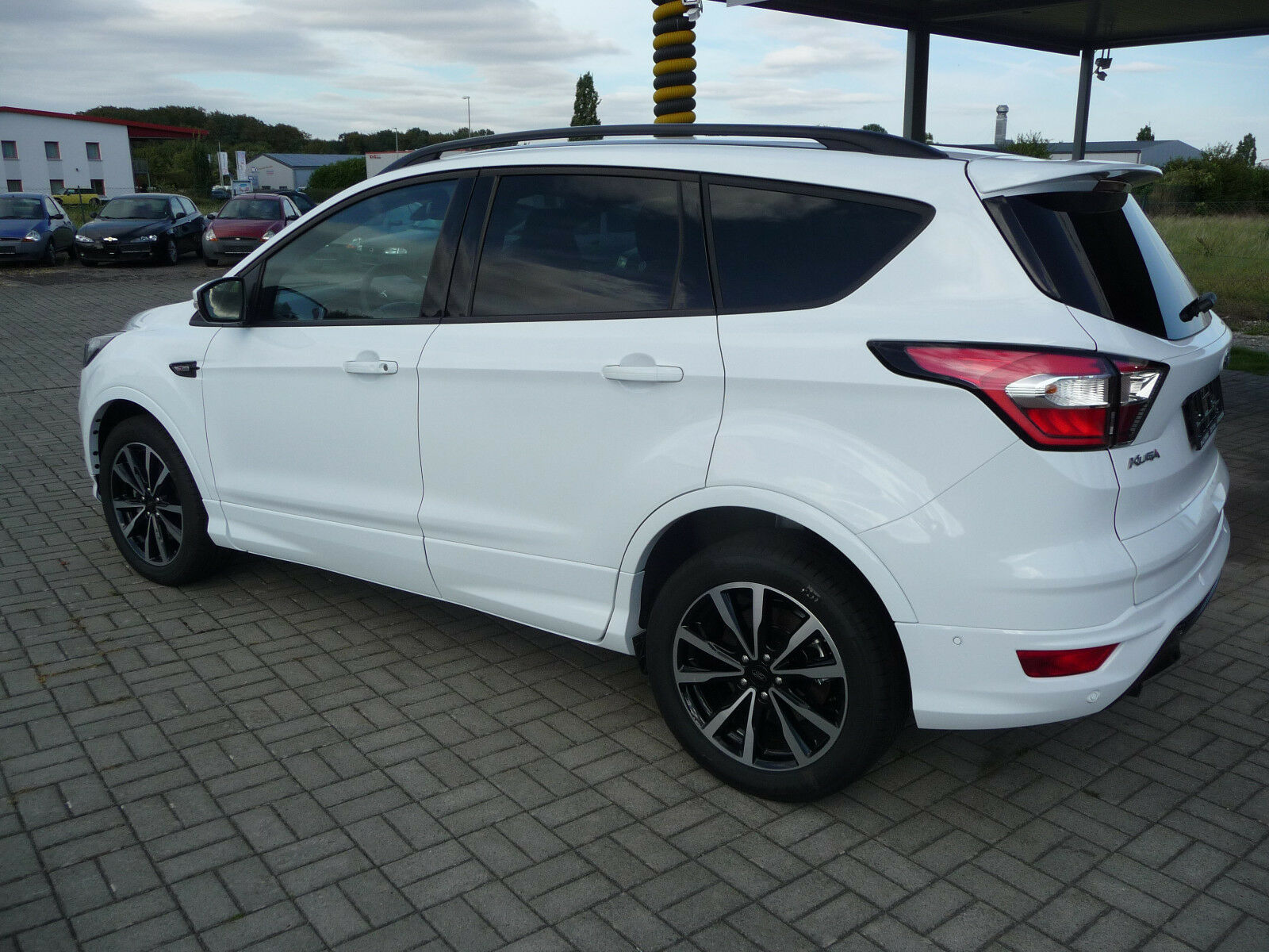 ford kuga 2 0 tdci st line navi parkautomatik teilled. Black Bedroom Furniture Sets. Home Design Ideas