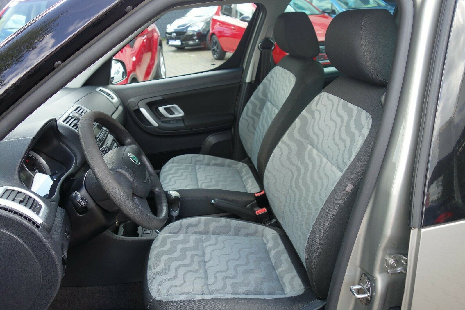 SKODA Roomster Style Plus Edition AHK SHZ PDC