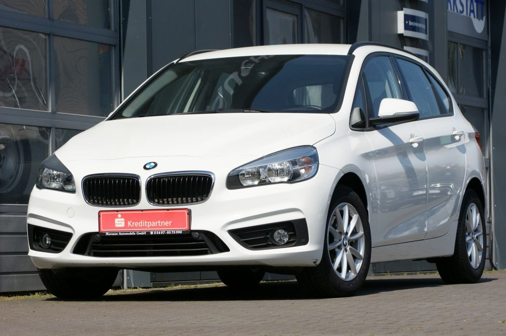 BMW 218d Active Tourer Advantage Driving Assistant N