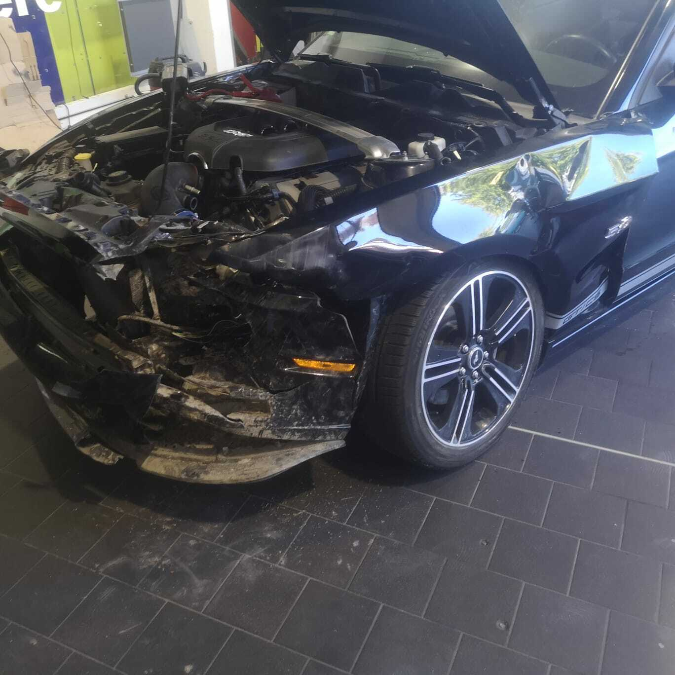 FORD Mustang 5.0 GT California Special
