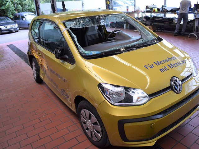 VW up! move BMT/Start-Stopp *AIRBAGS ZU*
