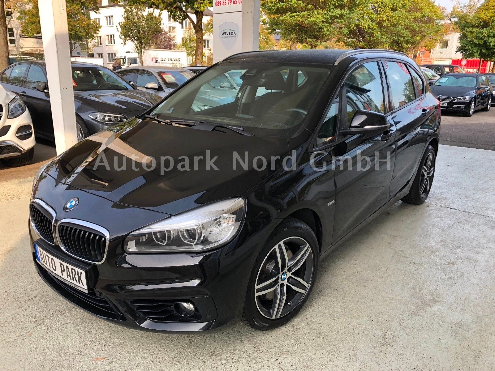 BMW 220 Active Tourer Sport Line Aut. LED~NAVI~PDC~