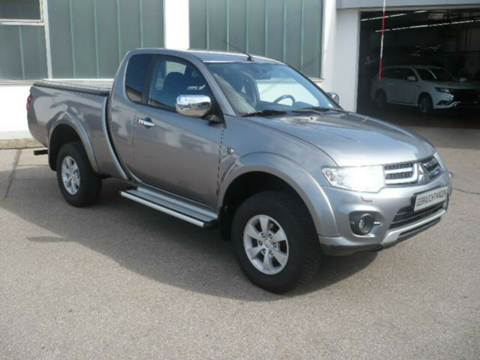 MITSUBISHI L200 Club Cab 2,5 DID Plus 4WD