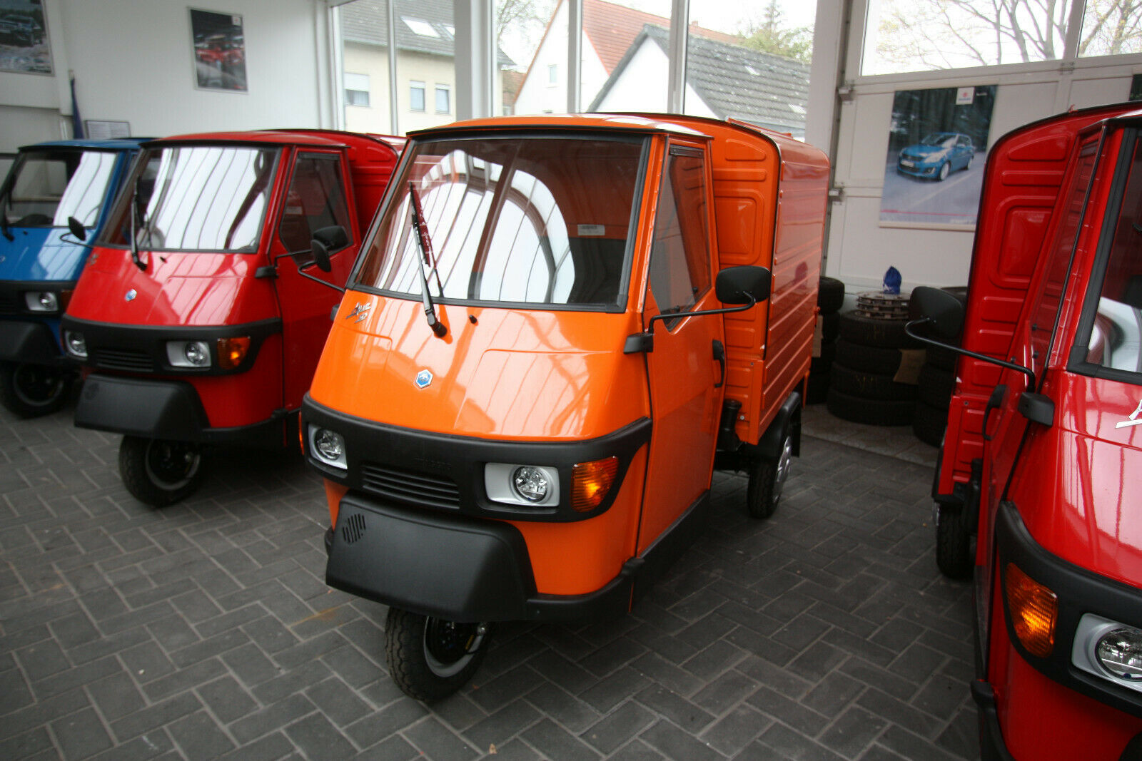 piaggio ape 50 kasten 25 km h neues modell sofort. Black Bedroom Furniture Sets. Home Design Ideas