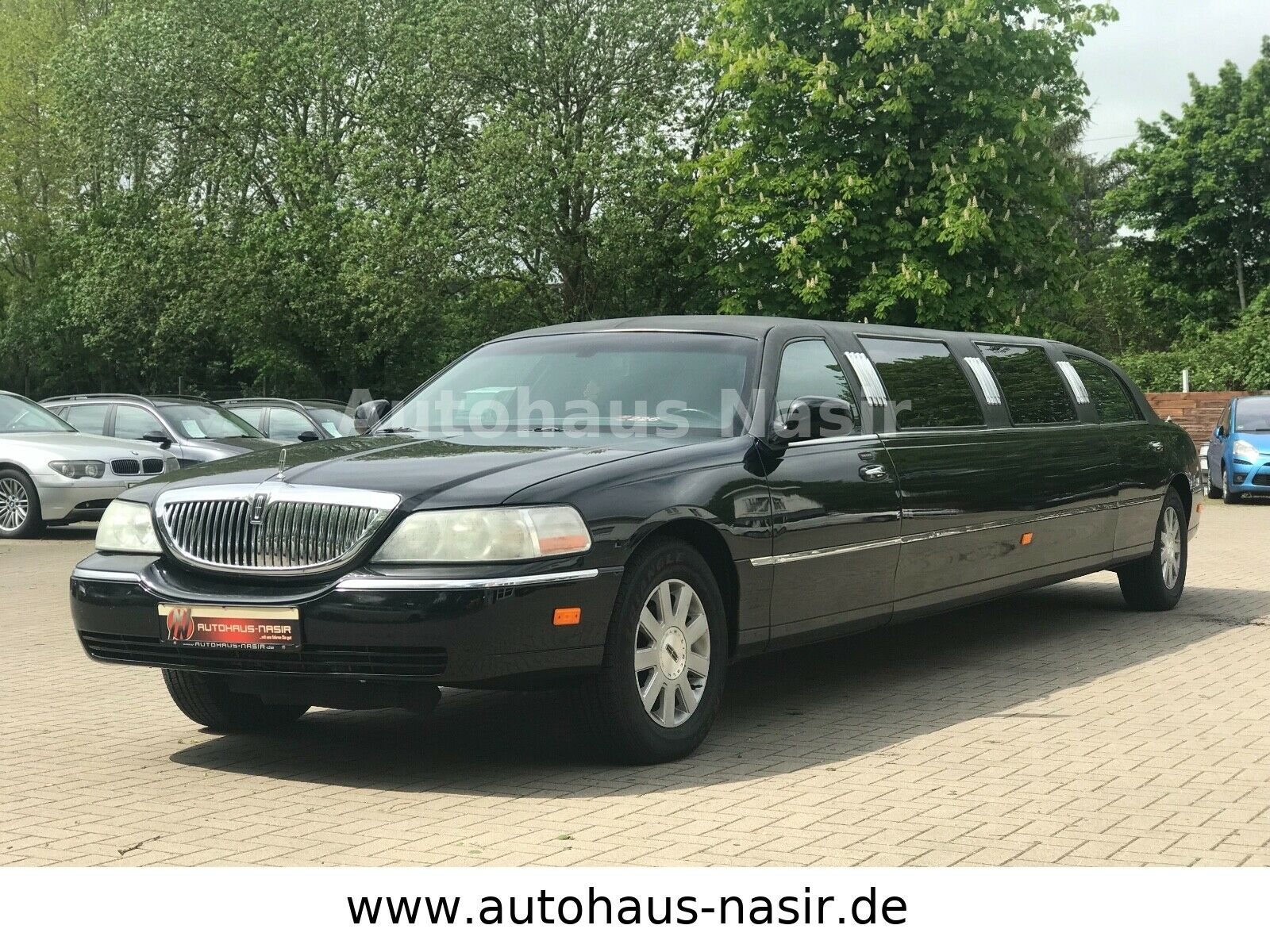 "LINCOLN Town Car Aut. ""Stretch Limousine"""