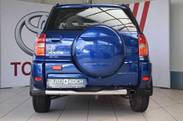 TOYOTA RAV 4 4x2 blue
