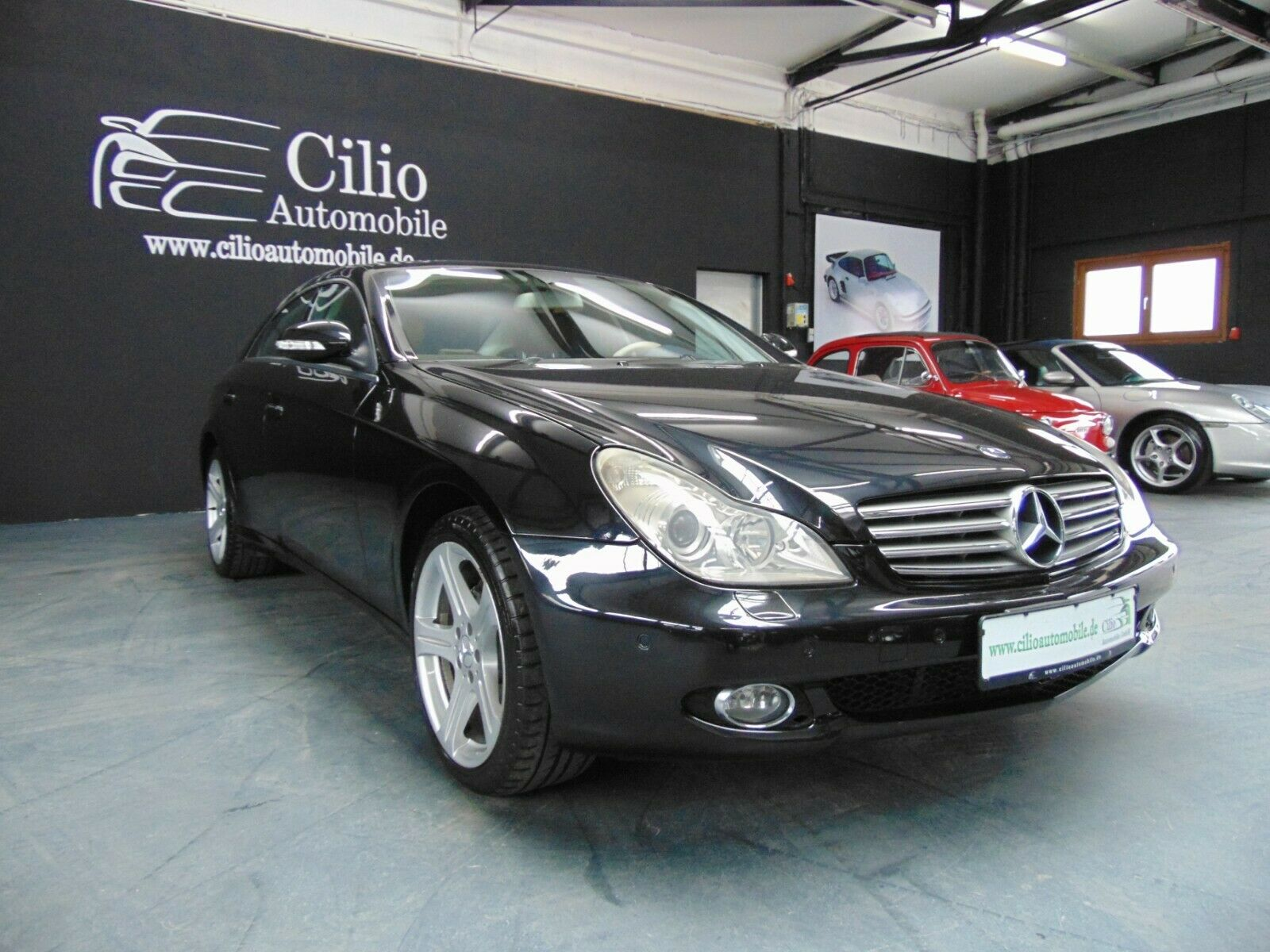 MERCEDES-BENZ CLS 320 CDI*COMAND*PDC*XENON*MEMORY*KEYLESS*