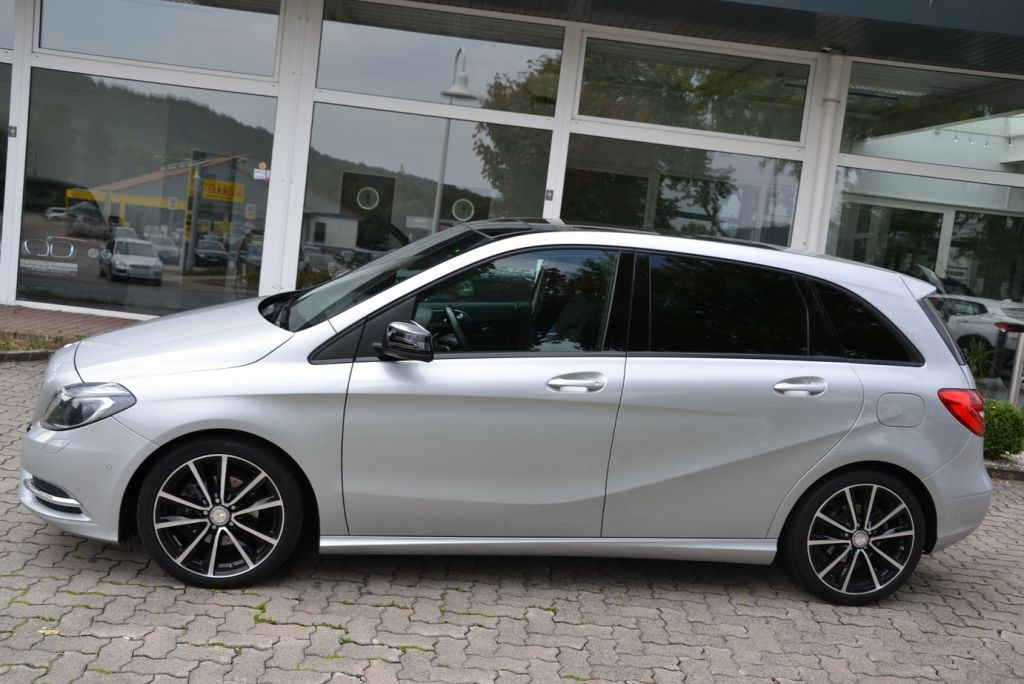 MERCEDES-BENZ B 200 CDI (BlueEFFICIENCY) 7G-DCT