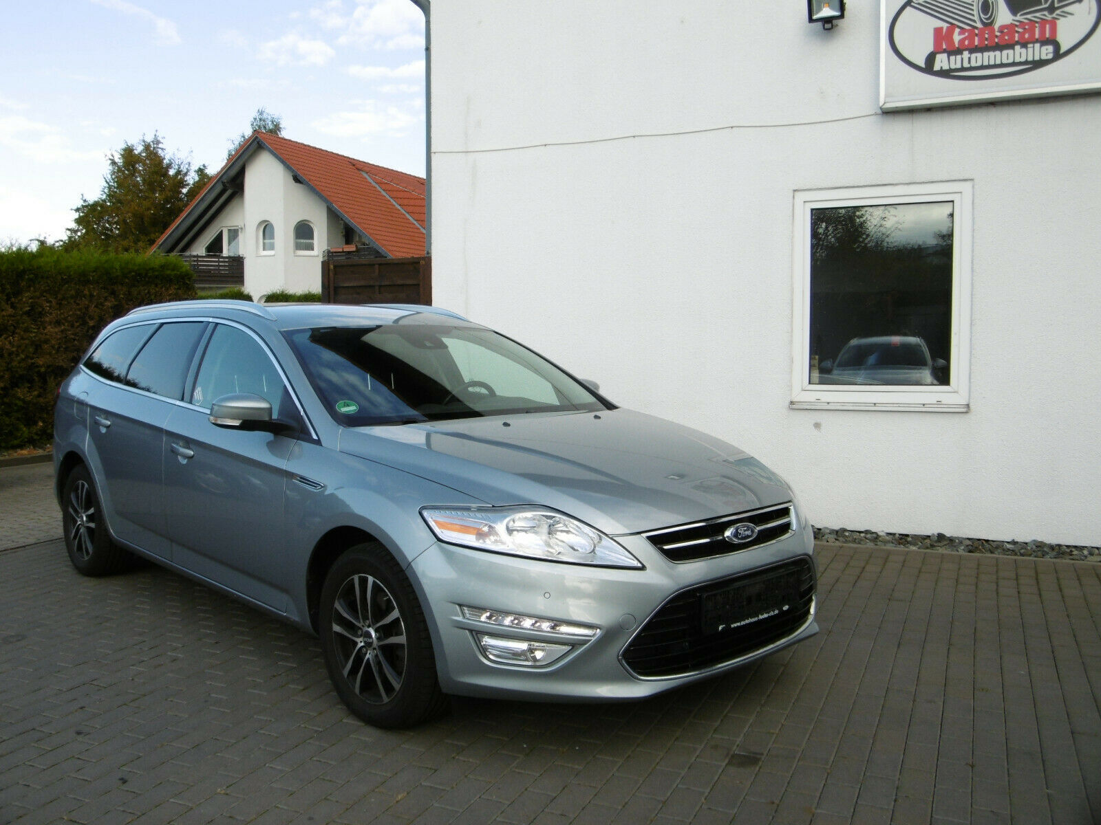 FORD Mondeo Turnier 1.6TDCI Business Edition Navi LED