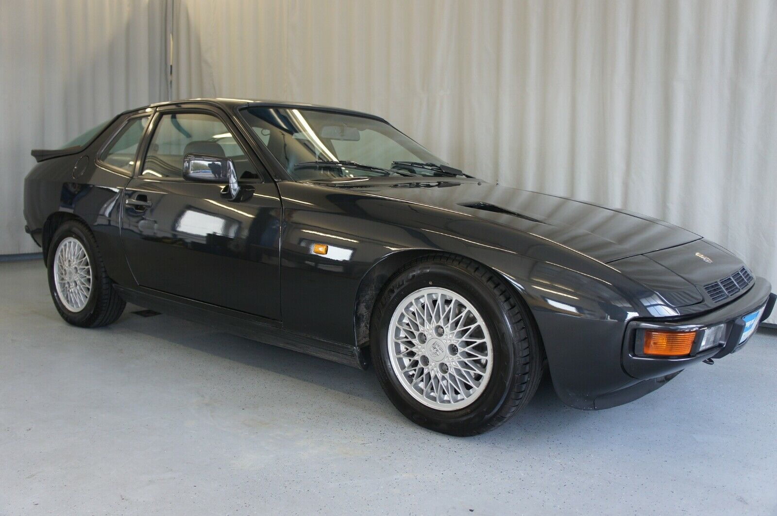 PORSCHE 924 Turbo II #47