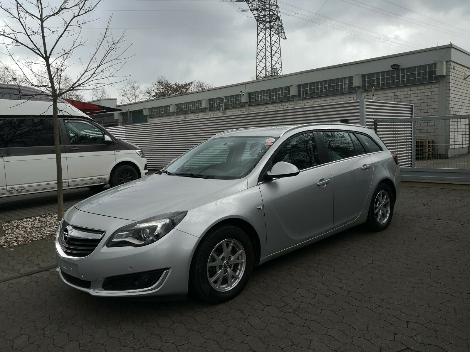 OPEL Insignia A 1.6 Sports Tourer Business Edition