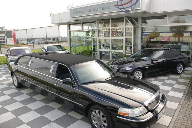 LINCOLN Town Car*Kristal-Coach*Stretch-Limo*Tv*etc..
