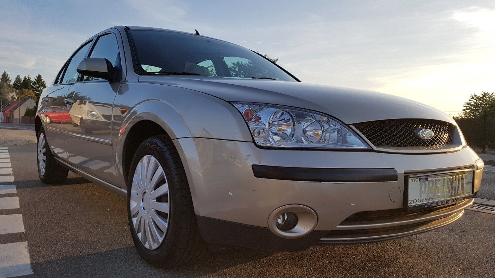 FORD MONDEO 1.8 5-türig (neues Modell) TÜV 5/2020
