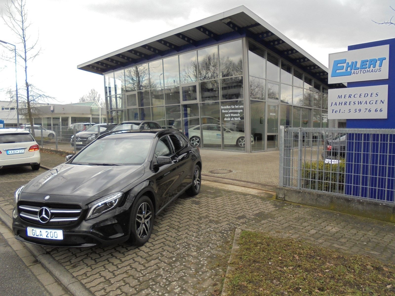Mercedes-Benz GLA 200 Urban*Night-Paket*BiXenon*Business-Paket ...