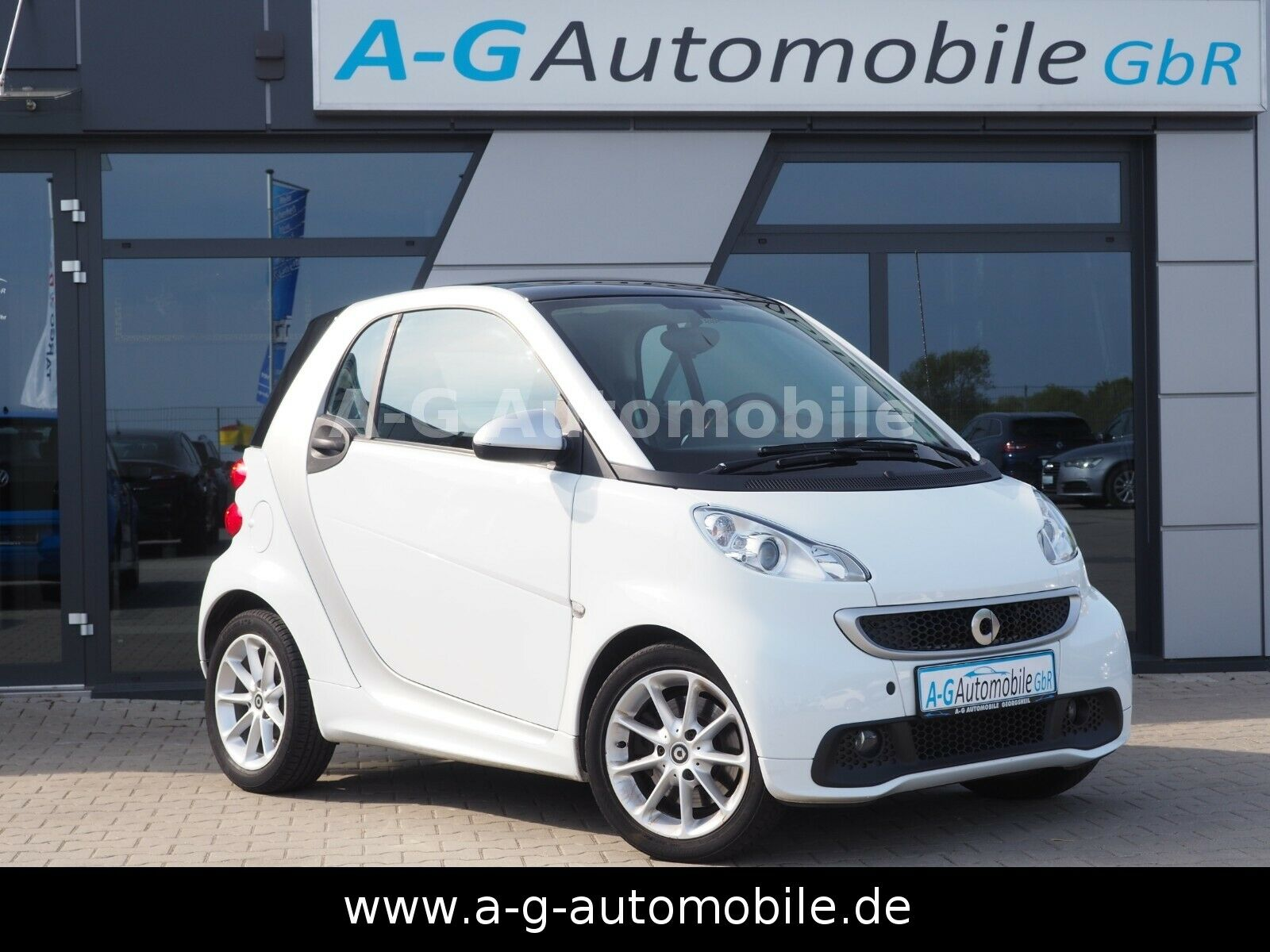 SMART fourtwo coupe Micro Hybrid Drive-Passion-Pano