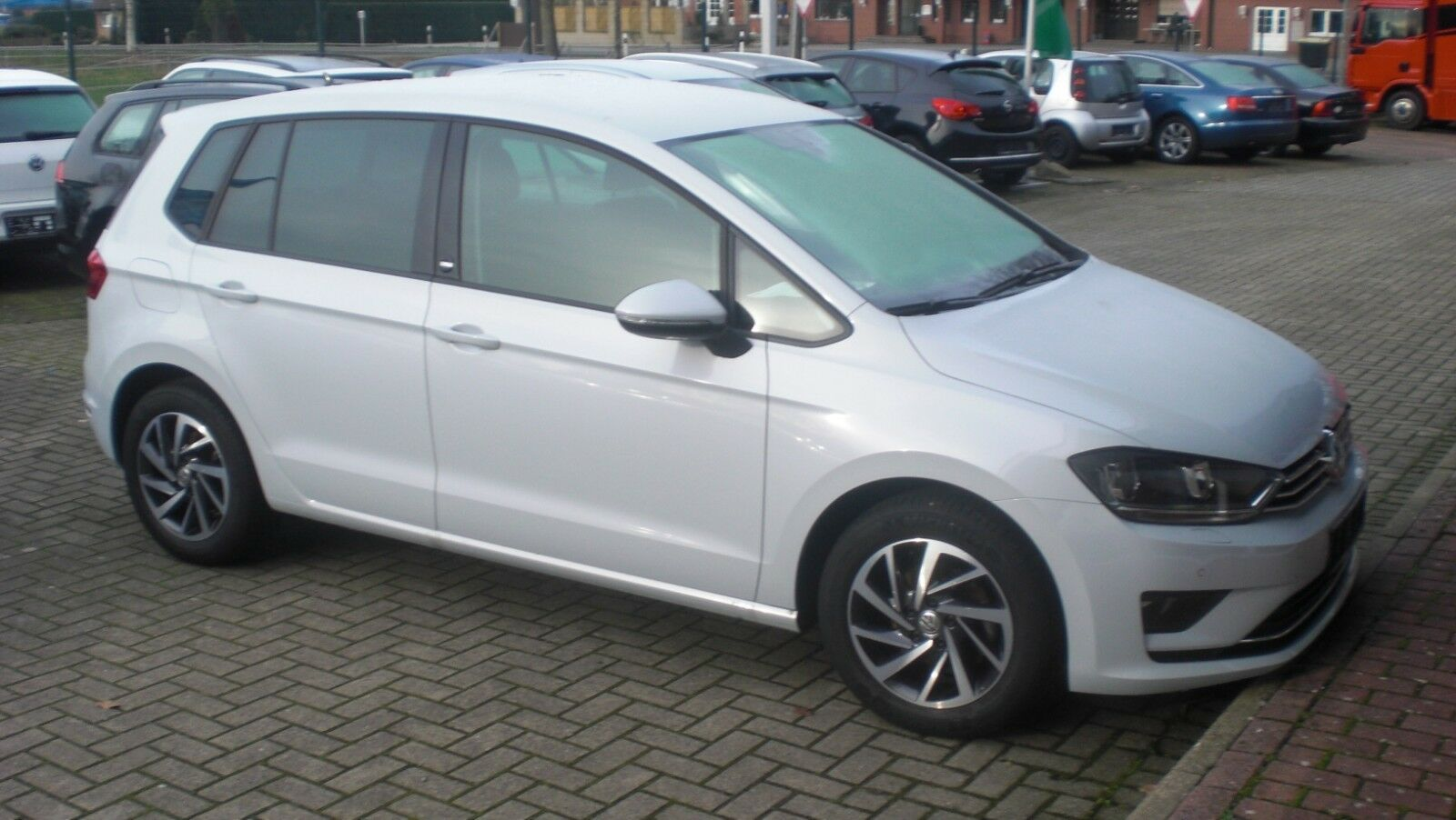 VW Golf VII Sportsvan Sound BMT/Start-Stopp