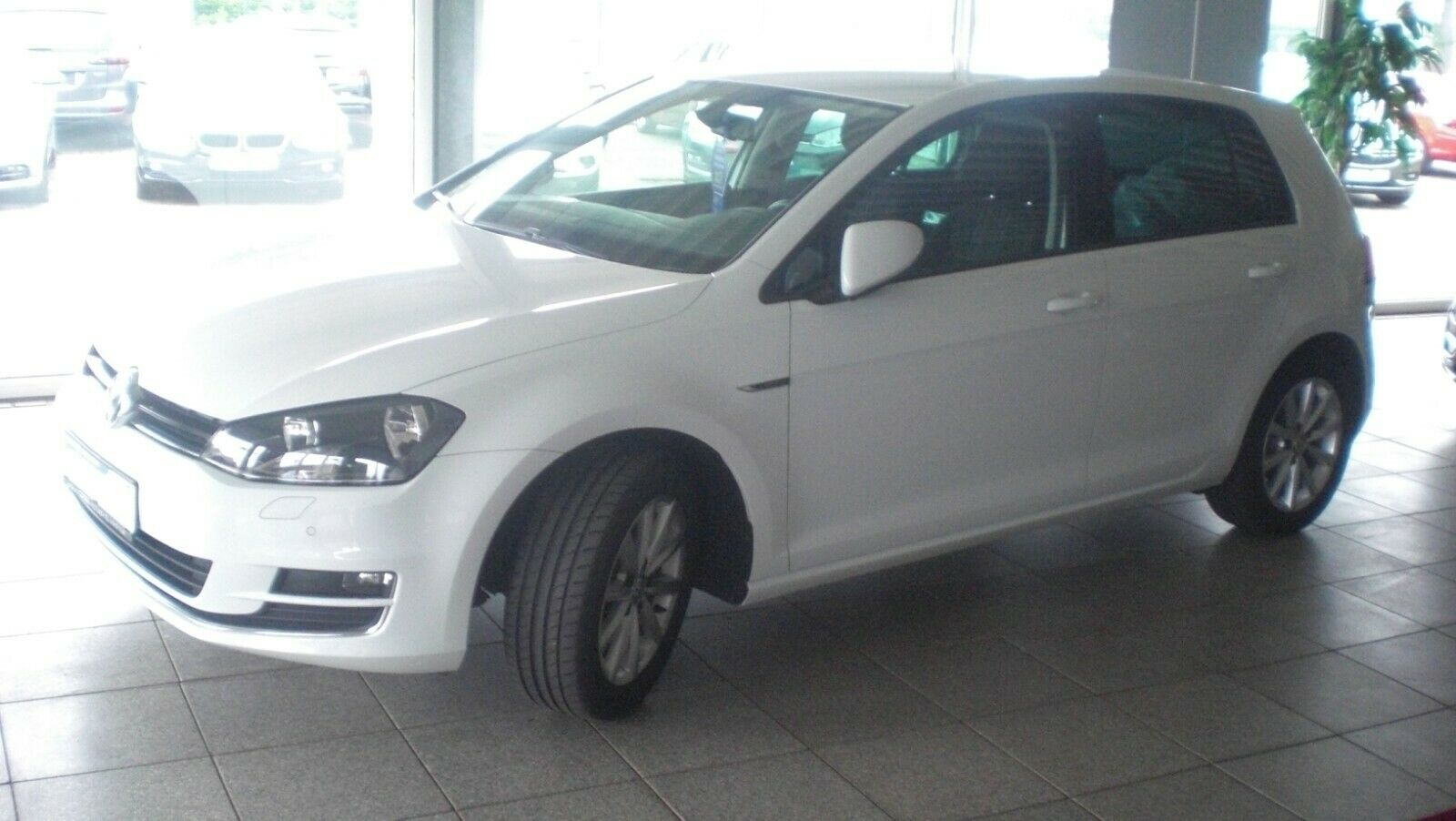 VW Golf VII Lim. Lounge BMT