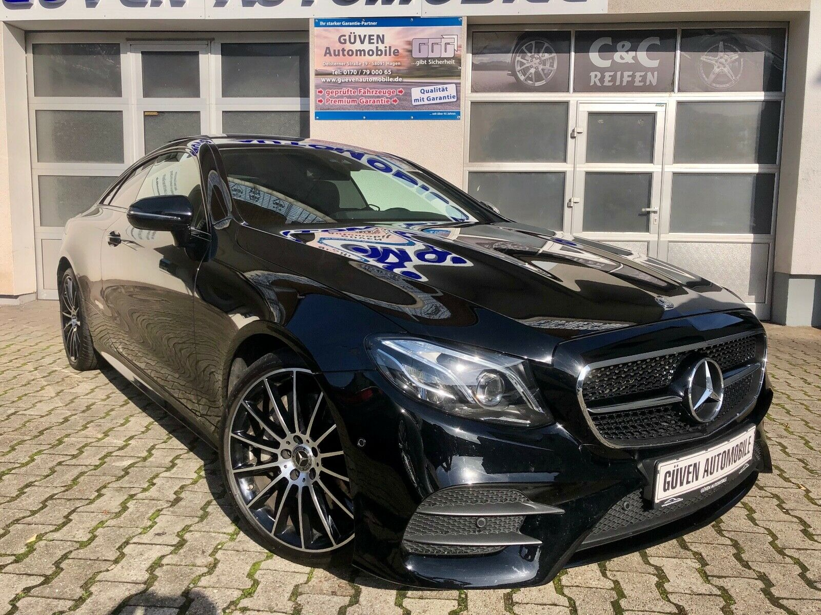 MERCEDES-BENZ E 350 d Coupe*4M*AMG-LINE*MULTIBEAM*PANO*0,99%